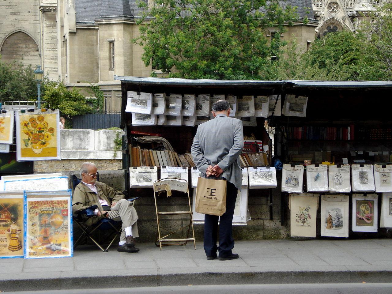 1280px-un_bouquiniste_paris_2008